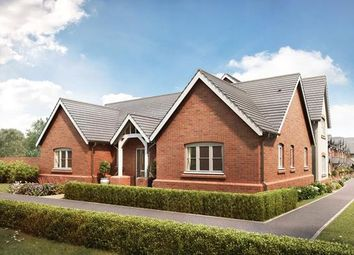 Thumbnail 3 bed bungalow for sale in Elmley Road, Evesham, Worcestershire
