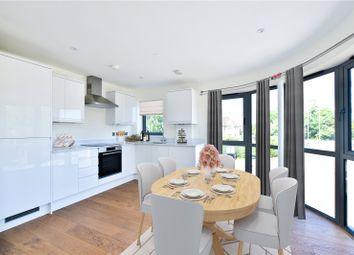 Chiltern Mews, High Street, Bovingdon HP3. 2 bed flat