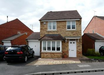 Thumbnail 3 bedroom detached house to rent in Cottrell Close, Hungerford