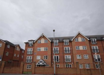 2 bed flat to rent in Hall Lane, Wythenshawe, Manchester M23