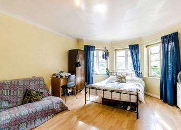 Thumbnail 2 bedroom flat to rent in St Marks Hill, Surbiton