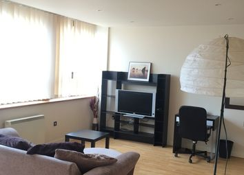Thumbnail 1 bed flat to rent in 20 Lee Circle, Leicester