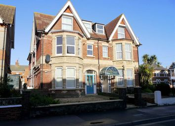Thumbnail 1 bed flat to rent in Abbotsbury Road, Weymouth, Dorset