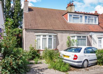 3 bed property for sale in Ronald Park Avenue, Westcliff-On-Sea SS0