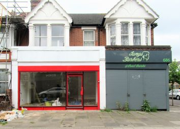 Cranbrook Road, Ilford IG6. Retail premises to let