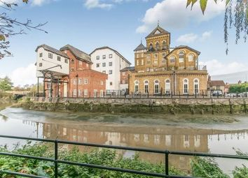 Thumbnail 2 bed flat for sale in East Street, Colchester