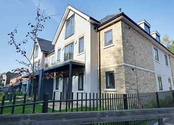 Thumbnail 2 bed flat to rent in Great North Road, Welwyn, Herts