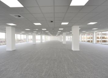 Office to let in 3 Newbridge Square, Swindon SN1