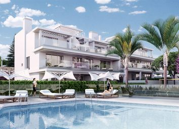 Thumbnail 3 bed apartment for sale in Canclada, Nueva Andalucia, Costa Del Sol, Andalusia, Spain