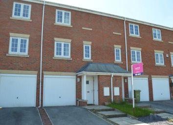 Thumbnail Town house for sale in Heather Court, Castleford