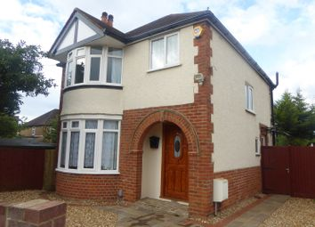 Thumbnail 3 bed detached house to rent in Milton Road, Earley, Reading