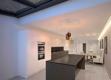 Thumbnail 4 bed property for sale in Calvin Street, London