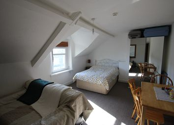 Thumbnail Studio to rent in Gold Street, Roath, Cardiff