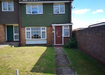 Thumbnail Property to rent in West Lawn, Galleywood, Essex