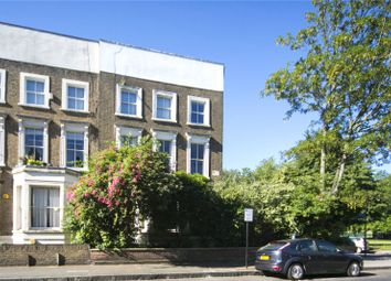 Thumbnail 2 bedroom flat for sale in Richmond Road, Hackney