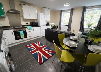 Thumbnail 4 bed flat to rent in North Sherwood Street, Nottingham