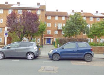 Thumbnail 5 bed flat to rent in Thornhill Gardens, Leyton