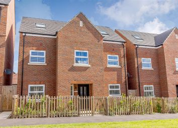 Thumbnail 5 bed town house for sale in Osprey Close, Stanway, Colchester