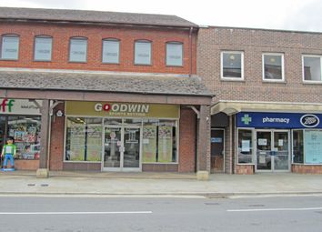 1 Bell Walk, High Street, Uckfield TN22. Retail premises to let