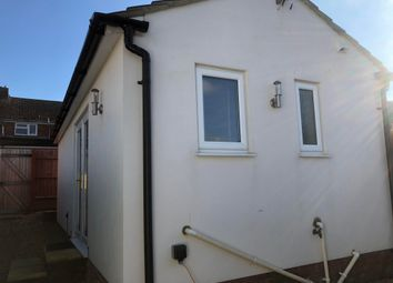 Thumbnail 1 bed bungalow to rent in Pinnocks Way, Botley, Oxford