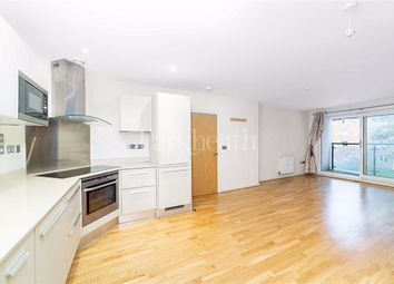 Thumbnail 2 bed flat to rent in Finchley Road, West Hampstead, London