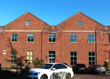 Thumbnail Flat to rent in Camlough Walk, Chesterfield