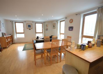 Thumbnail 2 bedroom flat to rent in The Oaks Square, Epsom