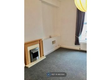 Thumbnail 1 bed flat to rent in High Street, Sandown