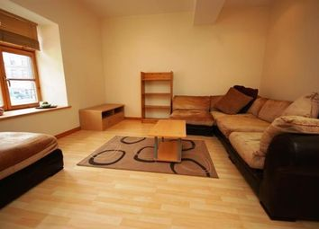 Thumbnail 2 bedroom flat to rent in Commercial Street, Edinburgh