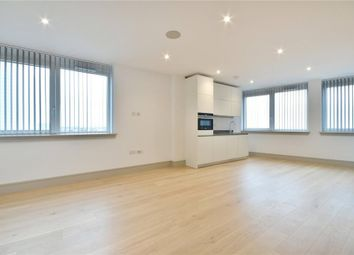 Thumbnail Studio to rent in Flint Court, North Finchley, London