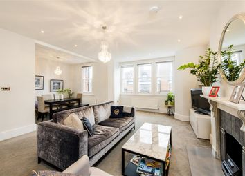 Thumbnail 3 bed flat to rent in Netherhall Gardens, London