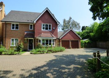 Thumbnail 4 bed detached house to rent in Highcliffe Close, Woodley, Reading