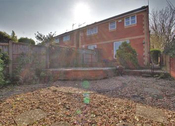 3 bed semi-detached house to rent in Michaelmas Court, Gloucester GL1