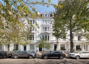 Palace Gardens Terrace, London W8. 2 bed flat