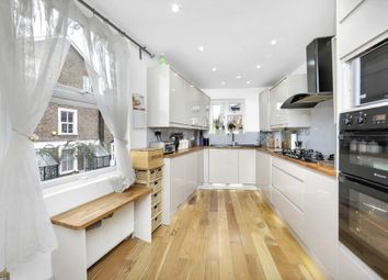 Thumbnail 3 bedroom flat to rent in Grove Road, London