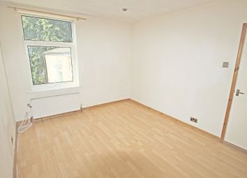 2 bed maisonette to rent in Ferndale Road, Leytonstone, London E11