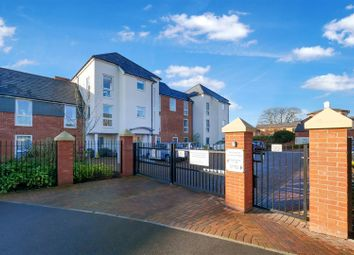 2 bed flat for sale in Fields Park Drive, Alcester B49