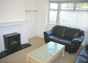 Thumbnail 2 bedroom flat to rent in Selborne Gardens, Hendon, London