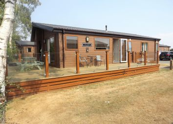 Thumbnail 3 bed bungalow for sale in Misty Bay, Sleaford Road, Tattershall