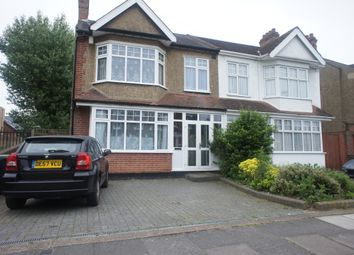 Thumbnail 6 bed shared accommodation to rent in Nunns Road, Enfield
