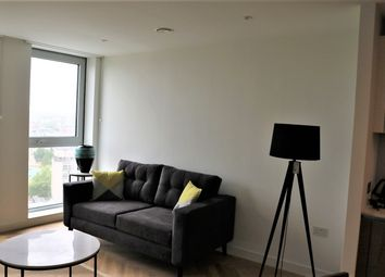 Thumbnail 1 bed flat to rent in 251 Southwark Bridge Road, London