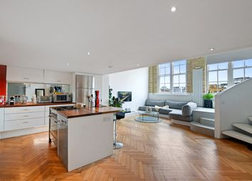 Thumbnail 3 bedroom flat for sale in Greenwich Academy, Greenwich