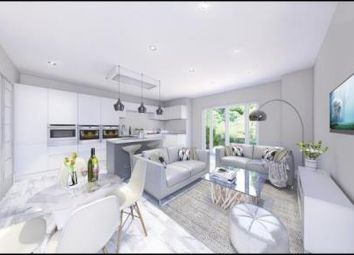 Thumbnail 2 bed flat for sale in Chaldon Road, Caterham On The Hill, Surrey