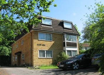 Thumbnail 1 bedroom flat to rent in Portsmouth Road, Thames Ditton