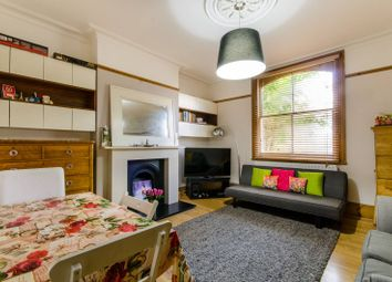 Thumbnail 1 bedroom flat for sale in Henry Road, East Barnet