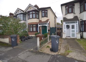 Thumbnail 4 bed property to rent in Pemberton Gardens, Chadwell Heath