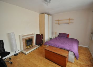 Thumbnail 1 bed end terrace house to rent in Combemartin Road, London