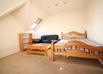 Thumbnail Studio to rent in Madeley Road, Ealing