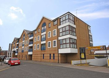Lady Booth Road, Kingston Upon Thames KT1. 2 bed flat