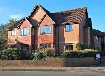Thumbnail 2 bed property to rent in Fishers Court, Peppard Road, Emmer Green